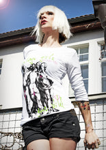Load image into Gallery viewer, Longsleeve - Vintage Girl's Gone Wild - Green