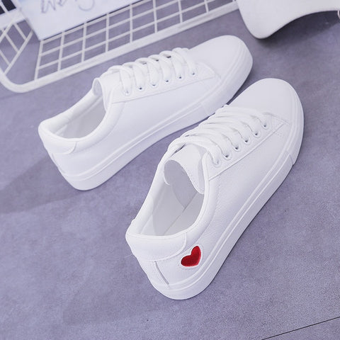 Heart leather shoes - Carpe Item