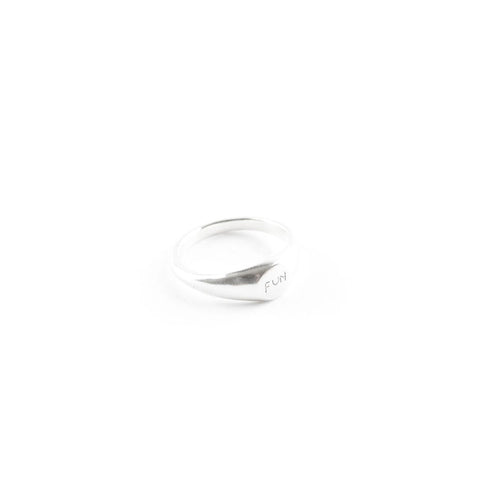 FUN Signet Ring - Silver