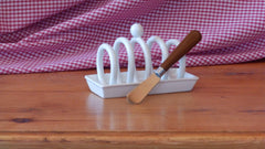 Toast rack and knife
