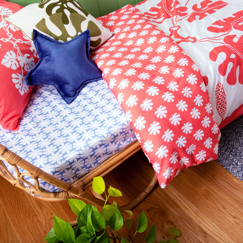 Tropical Raro Red Quilt Cover