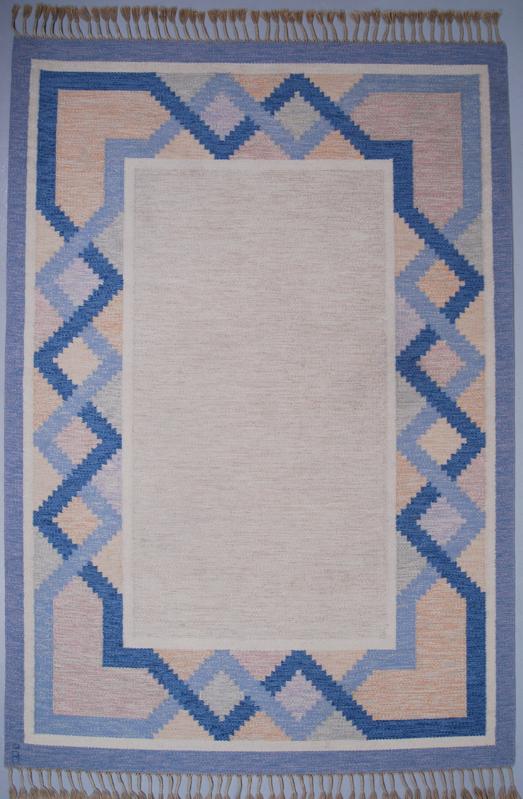 Swedish Flat-Weave Kilim Rölakan Carpet