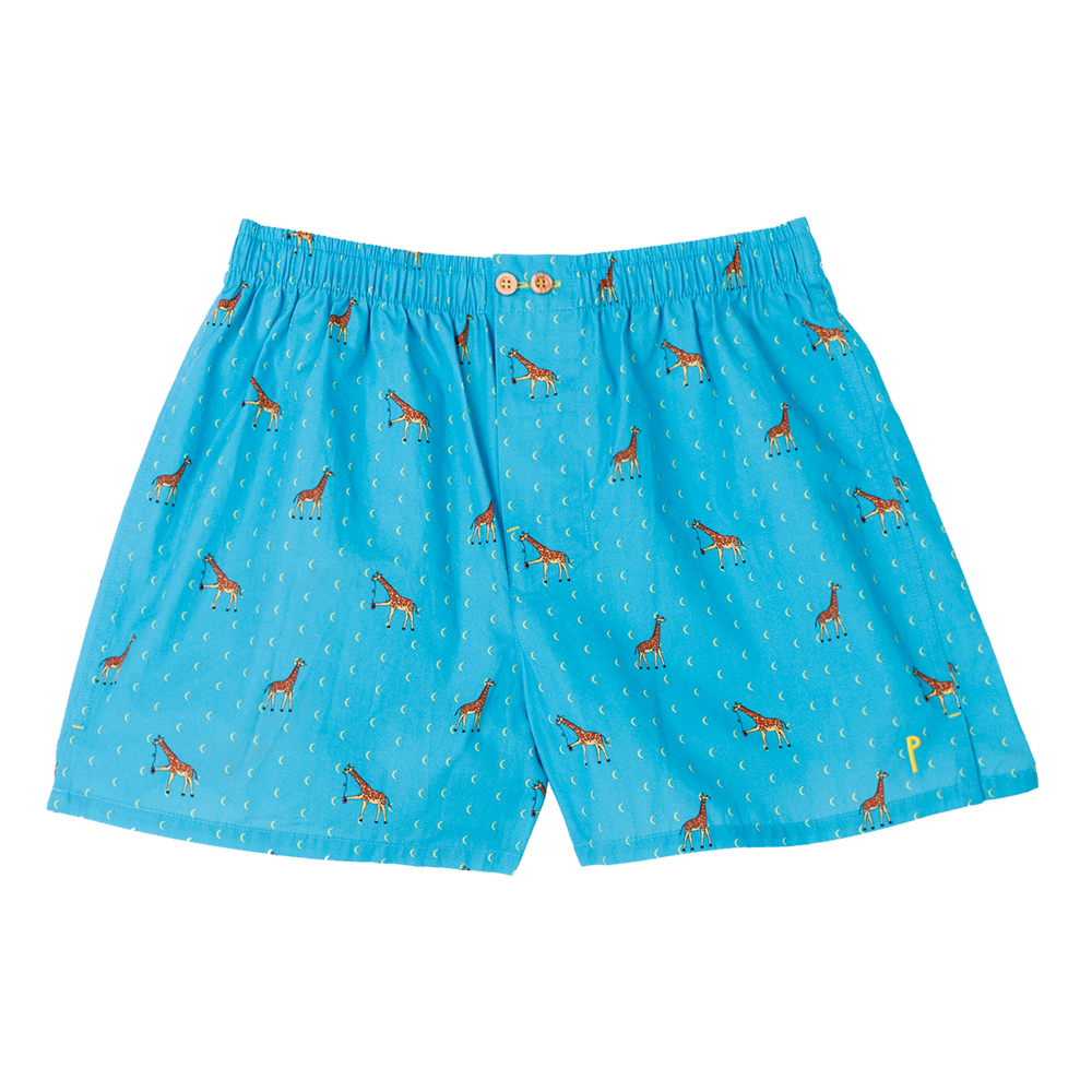 Giraffola: Light blue, with a giraffe. Limited edition boxers designed in Barcelona. 100% soft cotton poplin.