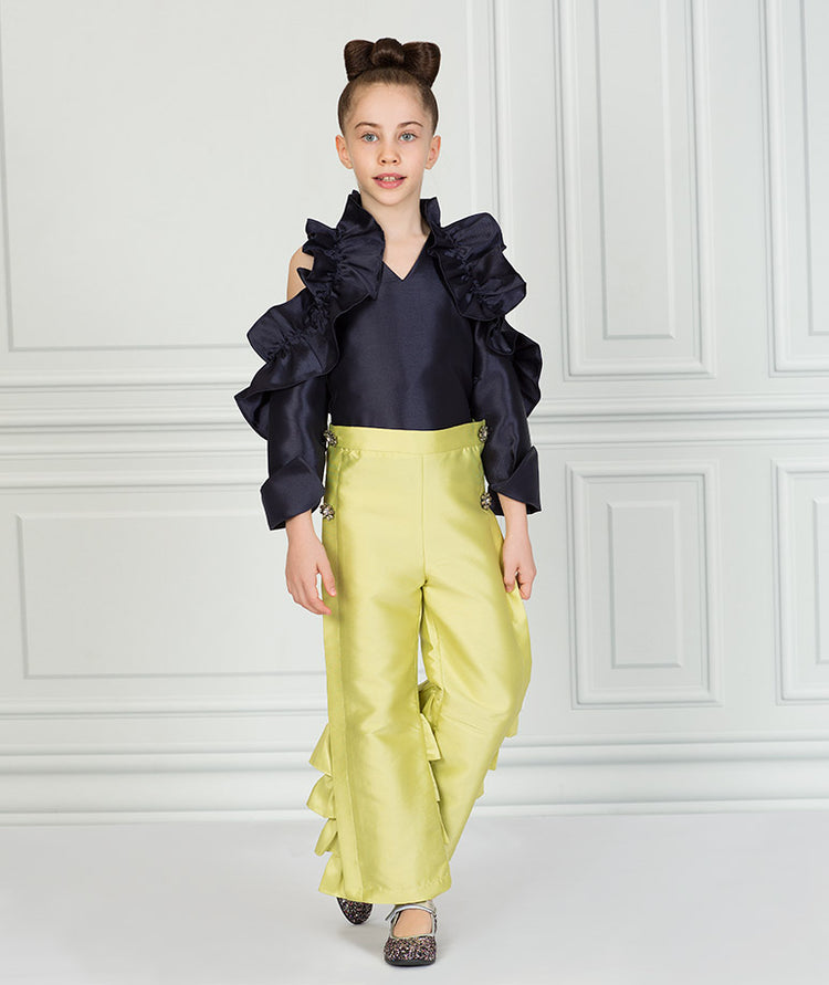 Product Image of Elegant Zoey Ruffle Outfit I 2 Pieces #1