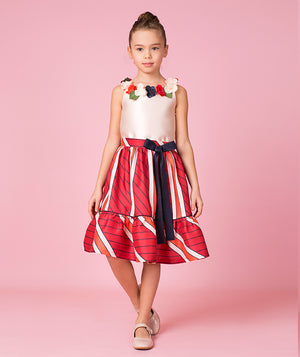 Girl in designer outfit for kids by Mama Luma