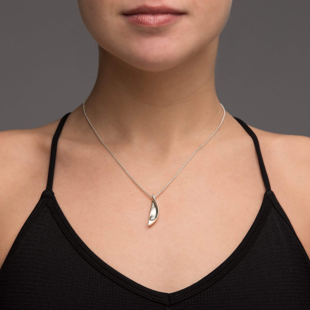 Fixed Firm Pendant