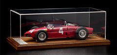 Ferrari 156 F1, 1961 Phil Hill Model Plus 1:12 Scale in display