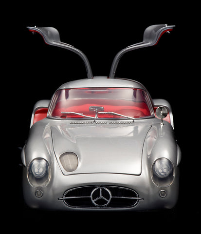 Mercedes 300 SLR Uhlenhaut Coupe 1956 1:12 Scale by Revell