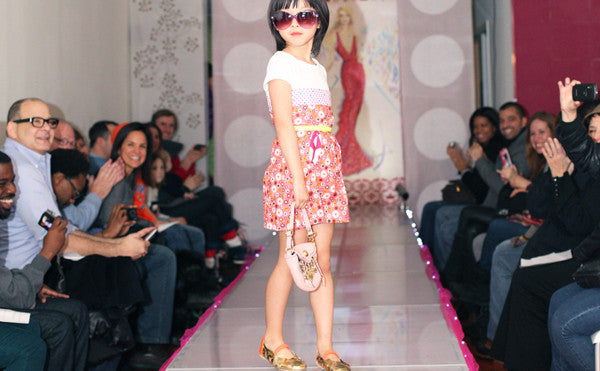 fashion show dress up runway birthday party for girls in NYC
