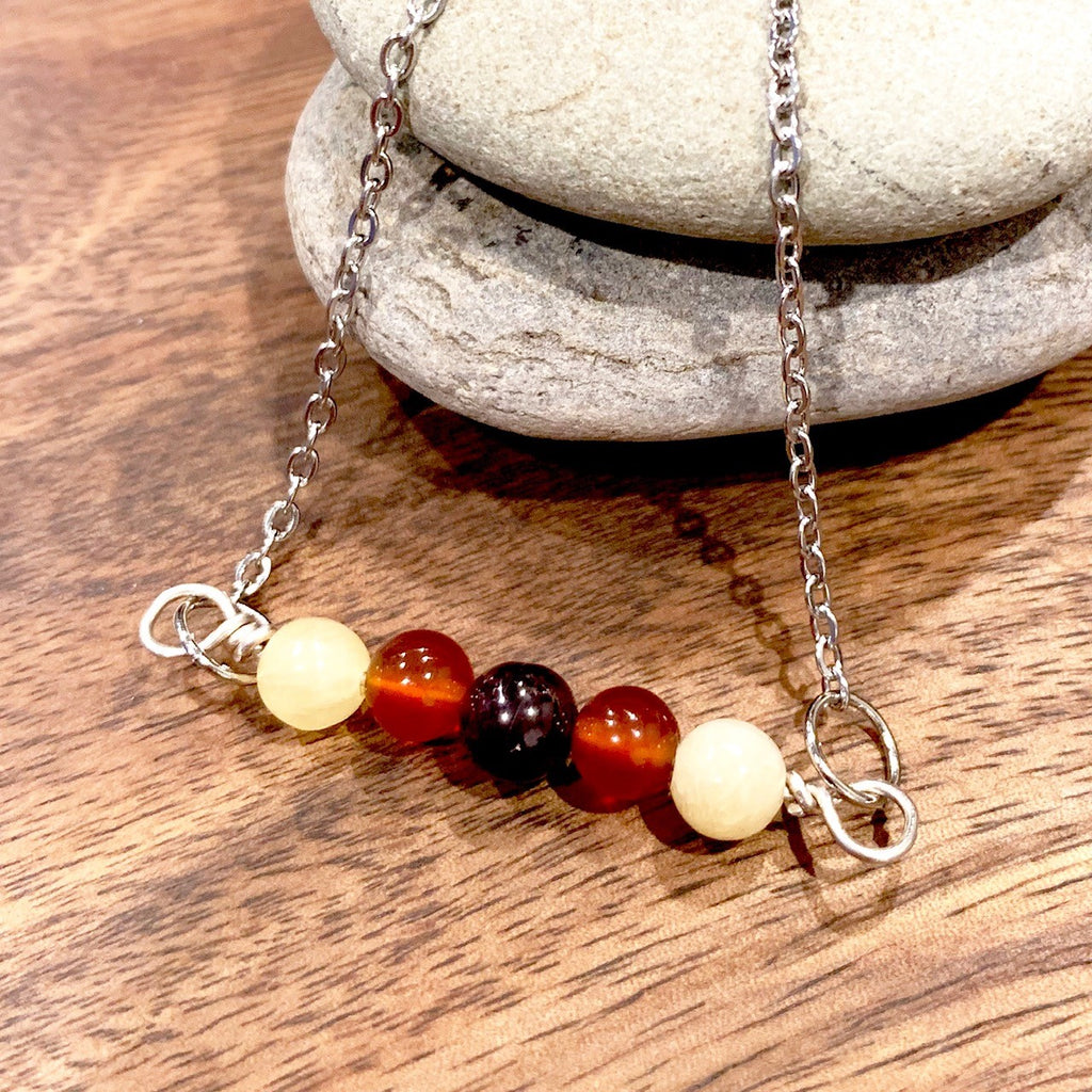 Garnet, carnelian and yellow jade pendant
