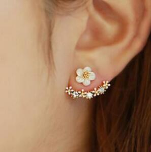 Daisy Stud Earrings- Daisy Earrings Stud