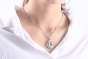 Crystal Teardrop Pendant Necklace - Hollywood Sensation