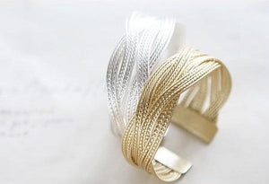 Tanya Bangle 18K  Gold plated - Hollywood Sensation