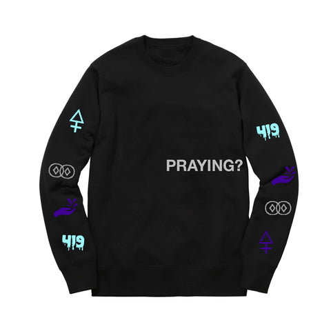 PRAYING? LOGO SWEAT BLACK