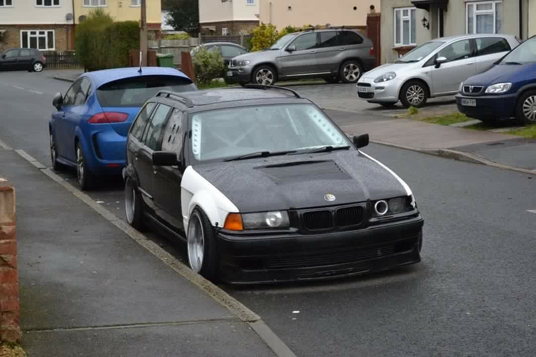 E36 saloon touring compact vented widearch front wings 30mm replacment wings 3 series