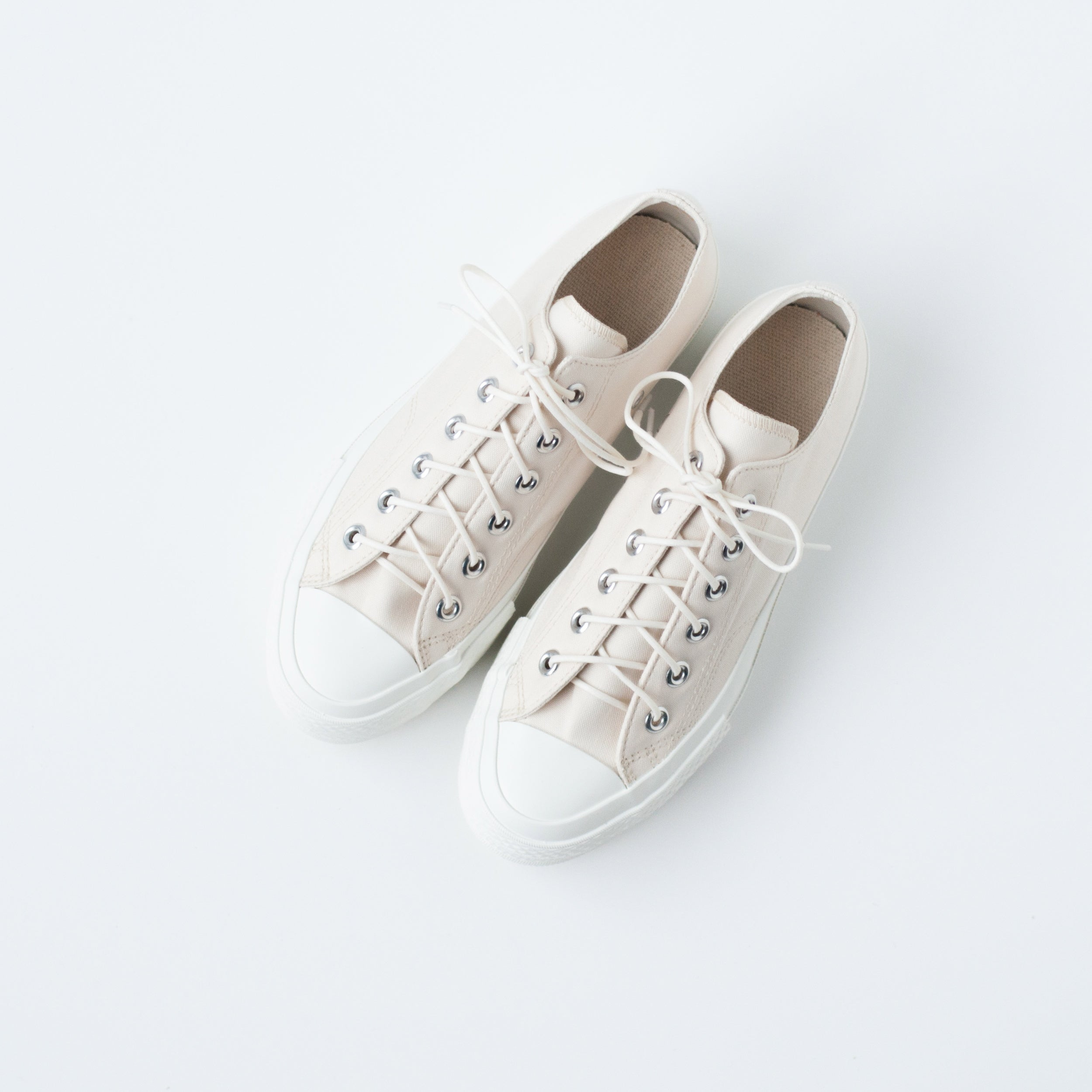 GYM SHOES / 077 - IVORY