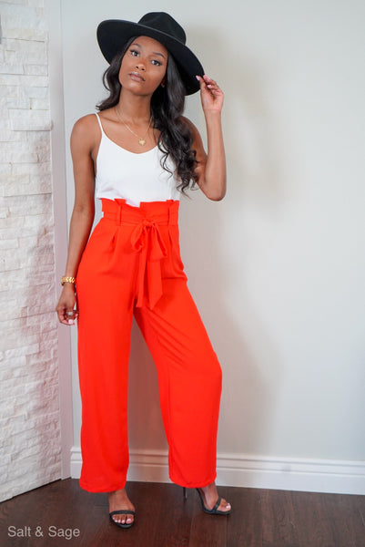 You need these Jumpsuit Feelz!   Effortlessly easy to style year round for any occasion.  95% polyester 5% spandex  Model is  5'7 wearing a small