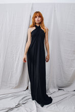 Load image into Gallery viewer, ODIVI ESSENTIALS variable dress