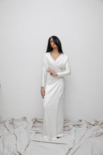 Load image into Gallery viewer, SOBJE wrap creme dress