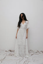 Load image into Gallery viewer, SOBJE local lace dress