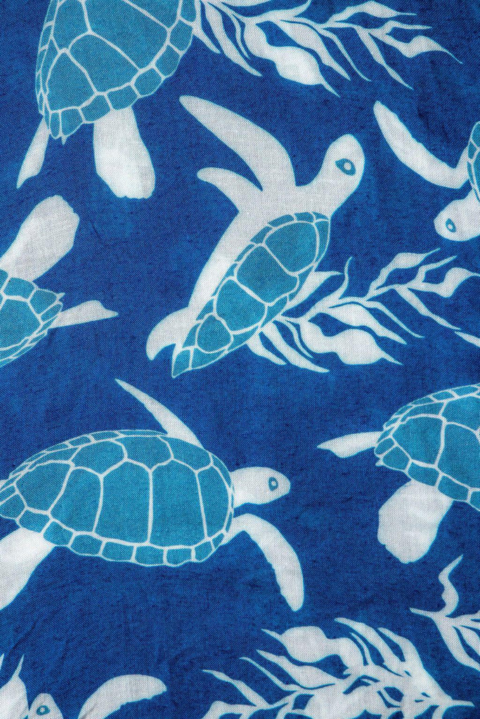 A Honu World (Blue) Pareo -Sarong