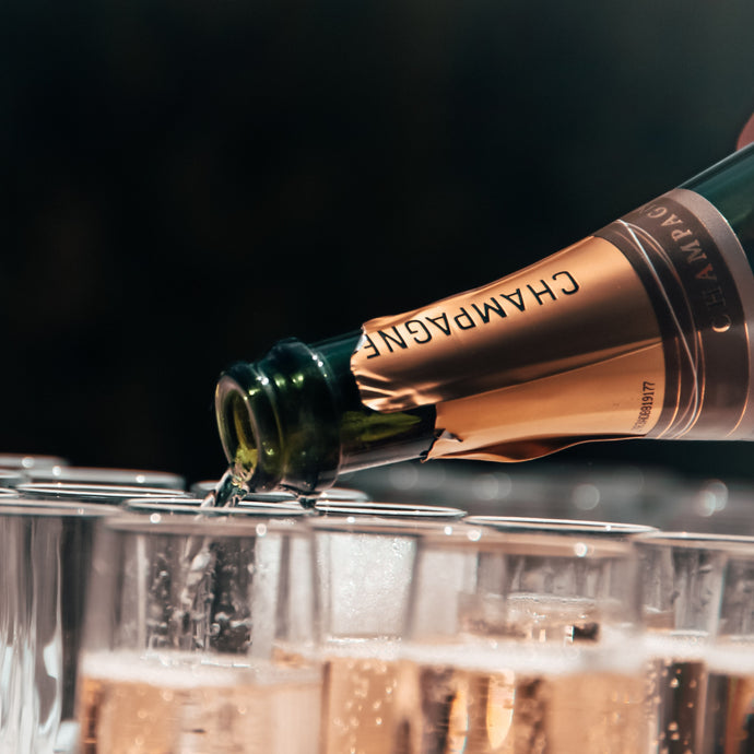 Champagne Vs Sparkling Wine…. What's the Difference?