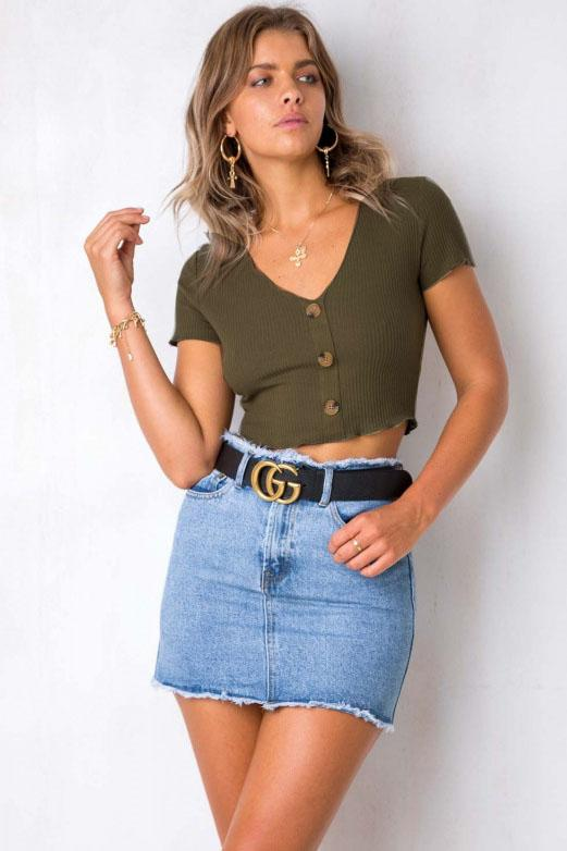 Chic Short Buttoned Crop Top - Tees-momochoice