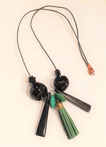 Black and green tasseled necklace-Jewellery-Atelier Crafers