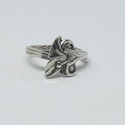 Vintage Dutch Sterling Silver Lily Spoon Ring-Jewellery-Atelier Crafers
