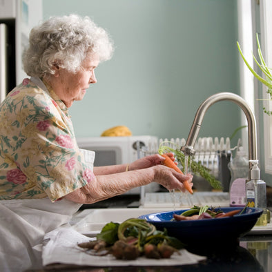 How to Stay Healthy with Nutritional Changes for Aging Adults