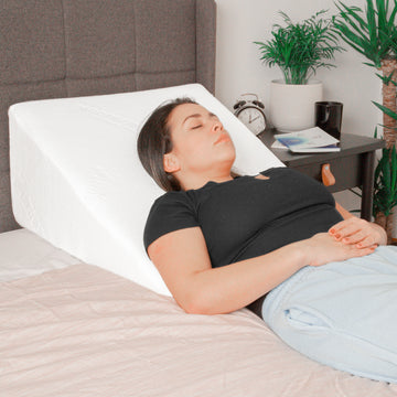 Wedge pillow for back sleeping