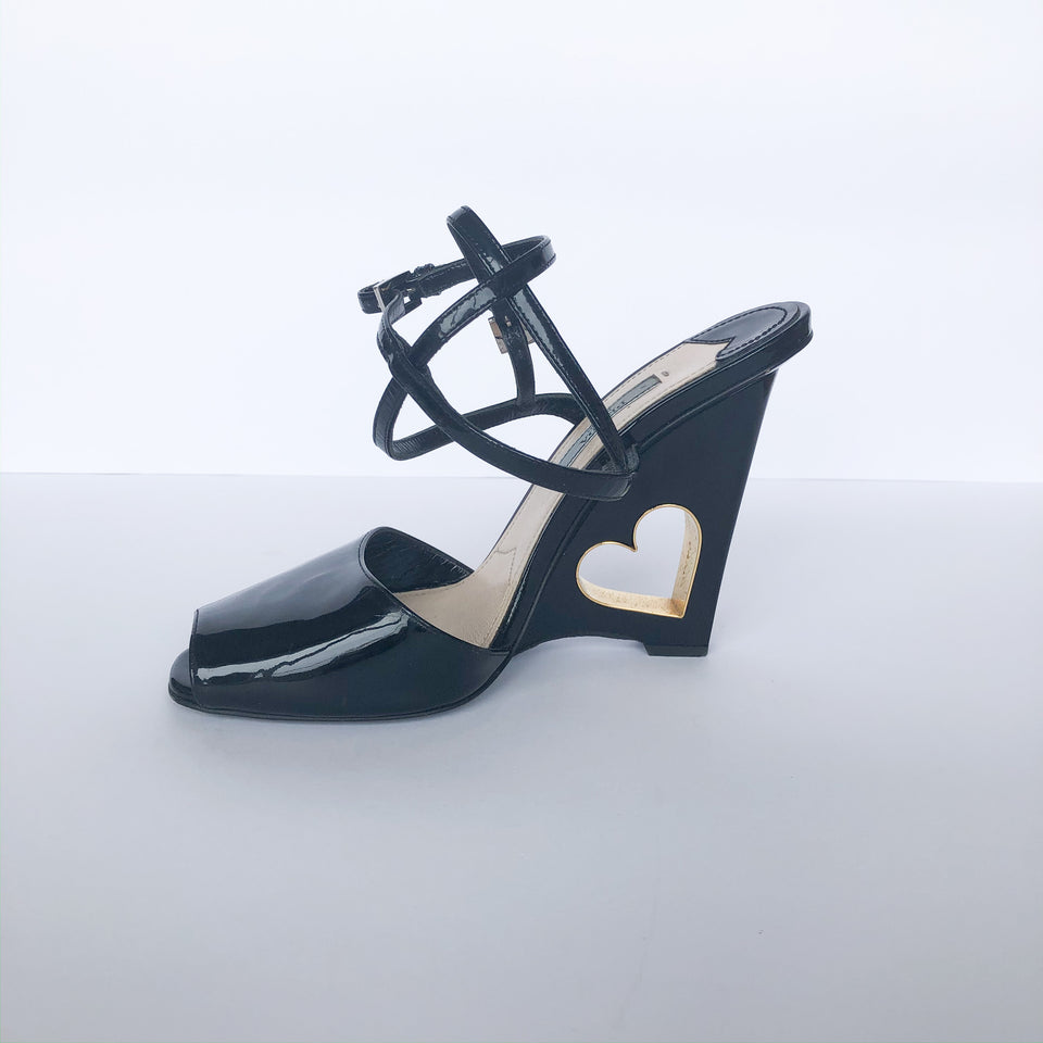 Cutout Heart Wedge Sandals
