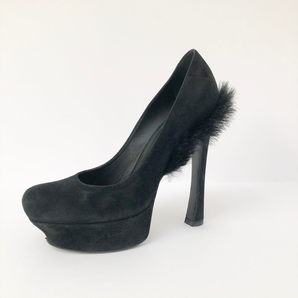 Black Fur Trim Pumps
