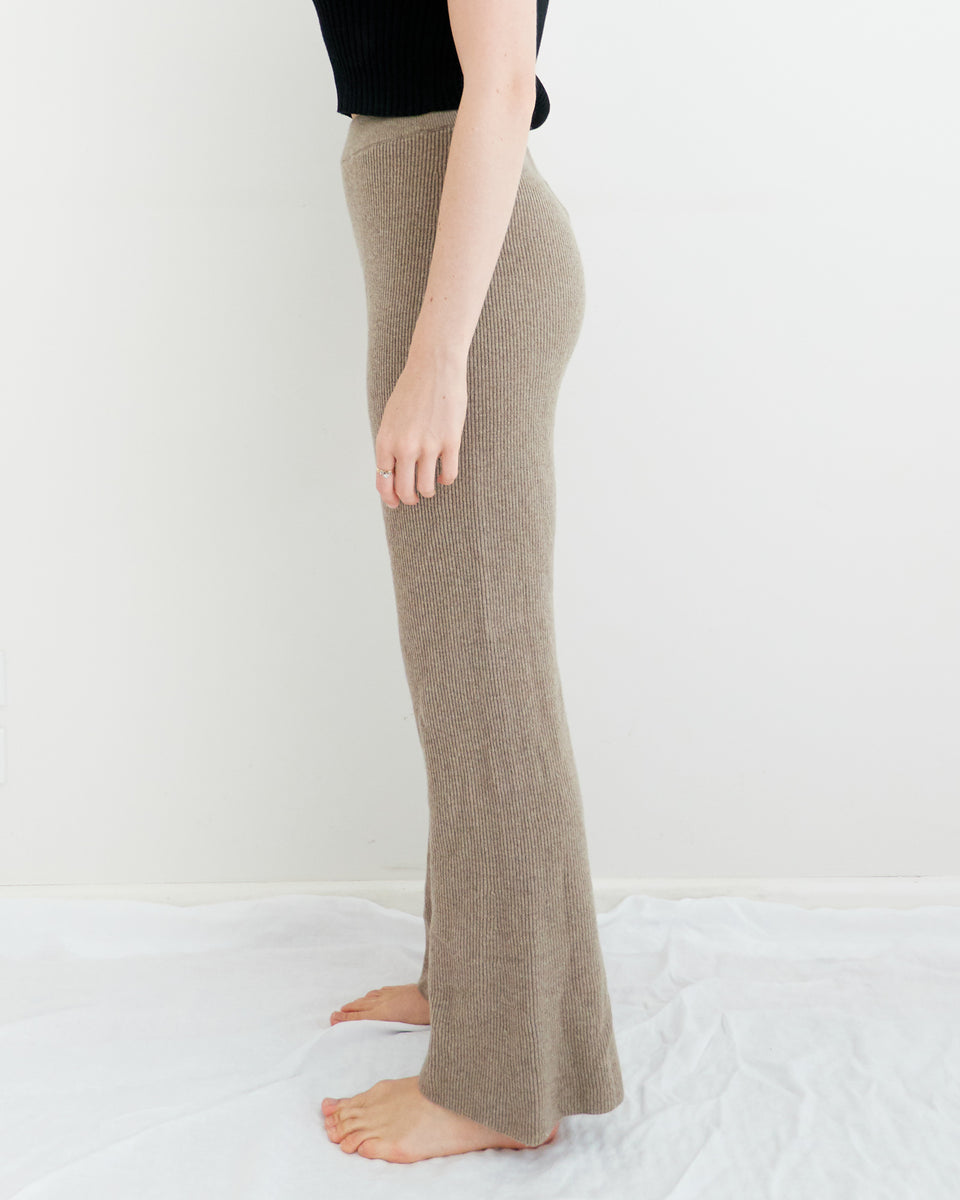 LEBA Falre Knit Pants