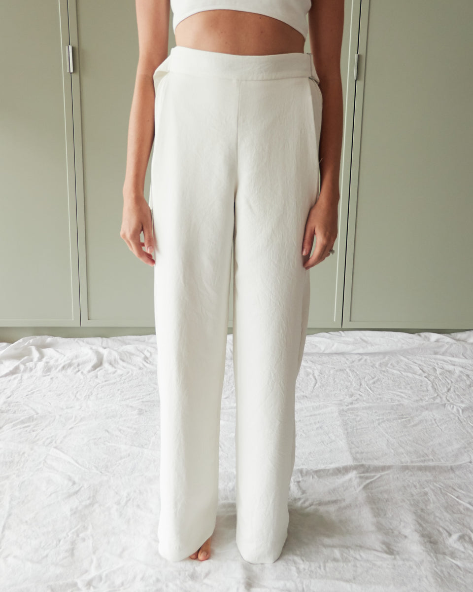 Corrugated Pleat Pant