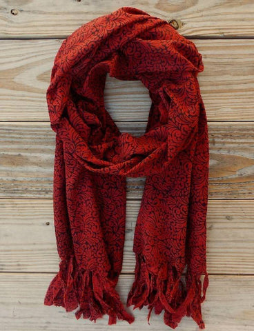 This Cranberry Scarf from Passion Lilie is a great addition to any young woman's collection of college fashion.