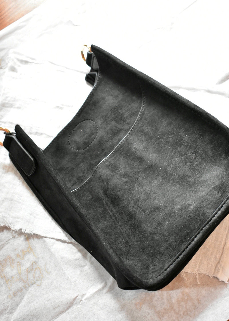 MINI FAUX SUEDE MESSENGER - Cooper & Bailey's
