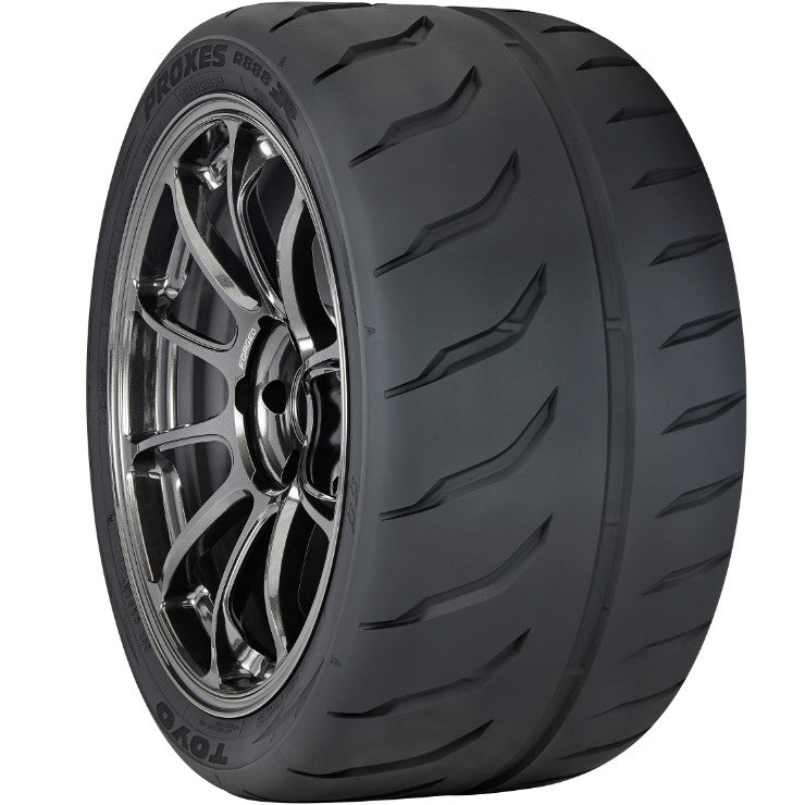 Toyo Proxes R888R Tire -- 255/40ZR/17