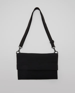 Pleated Shoudler Bag in Black