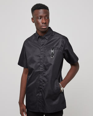 S/S Button Up Shirt With Buckle in Black