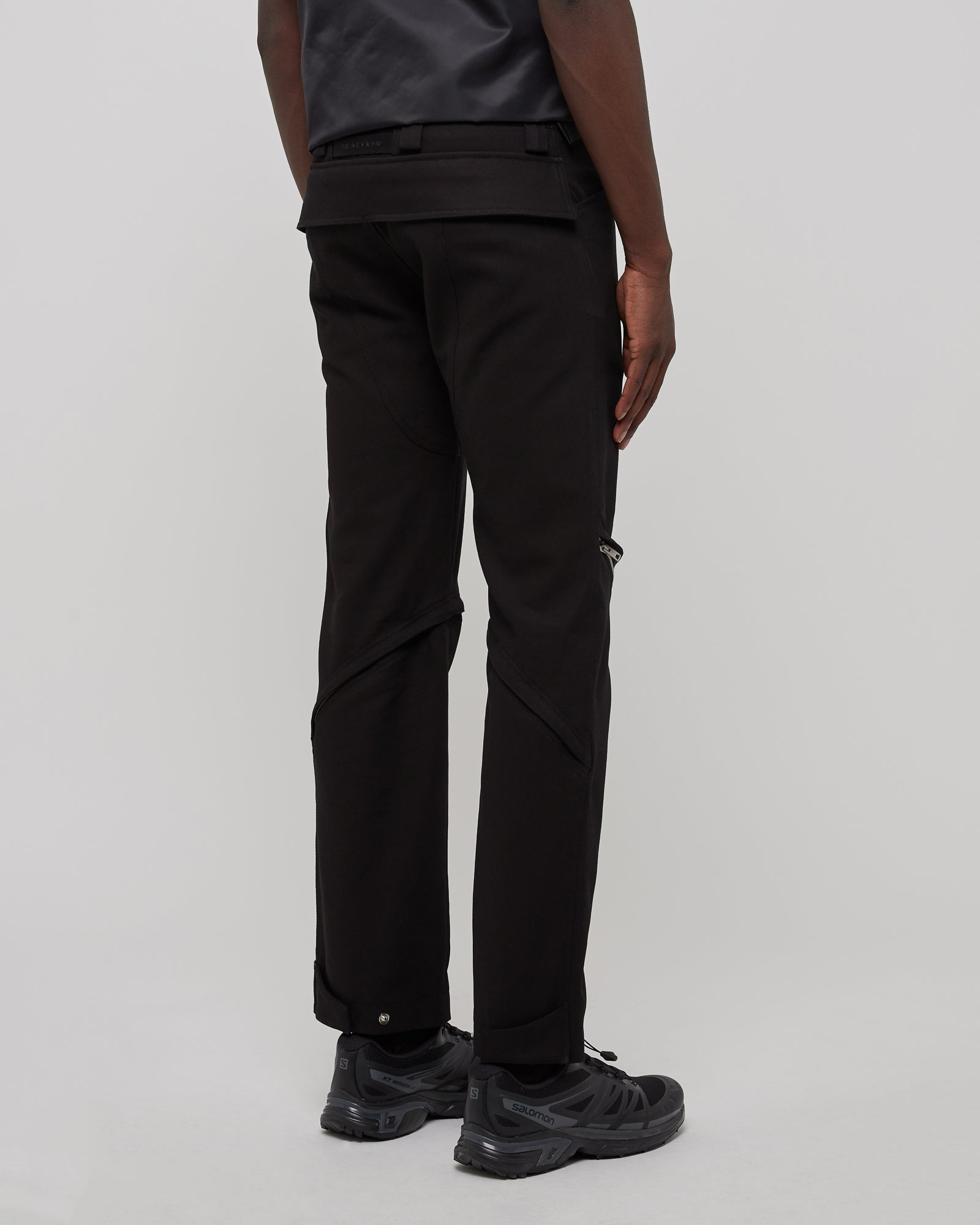 Crescent Zip Pant in Black