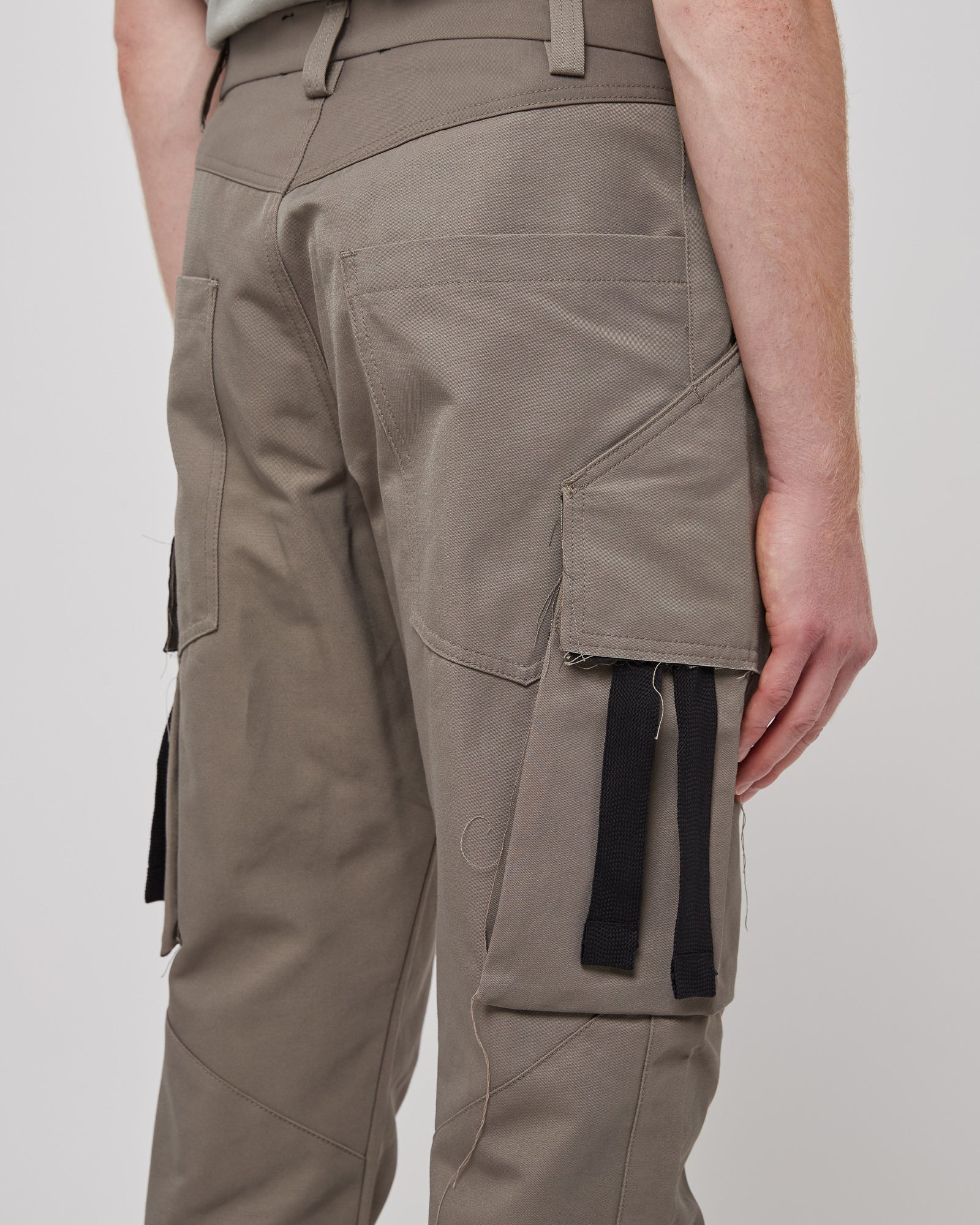 Kick Crop Pant in Taupe