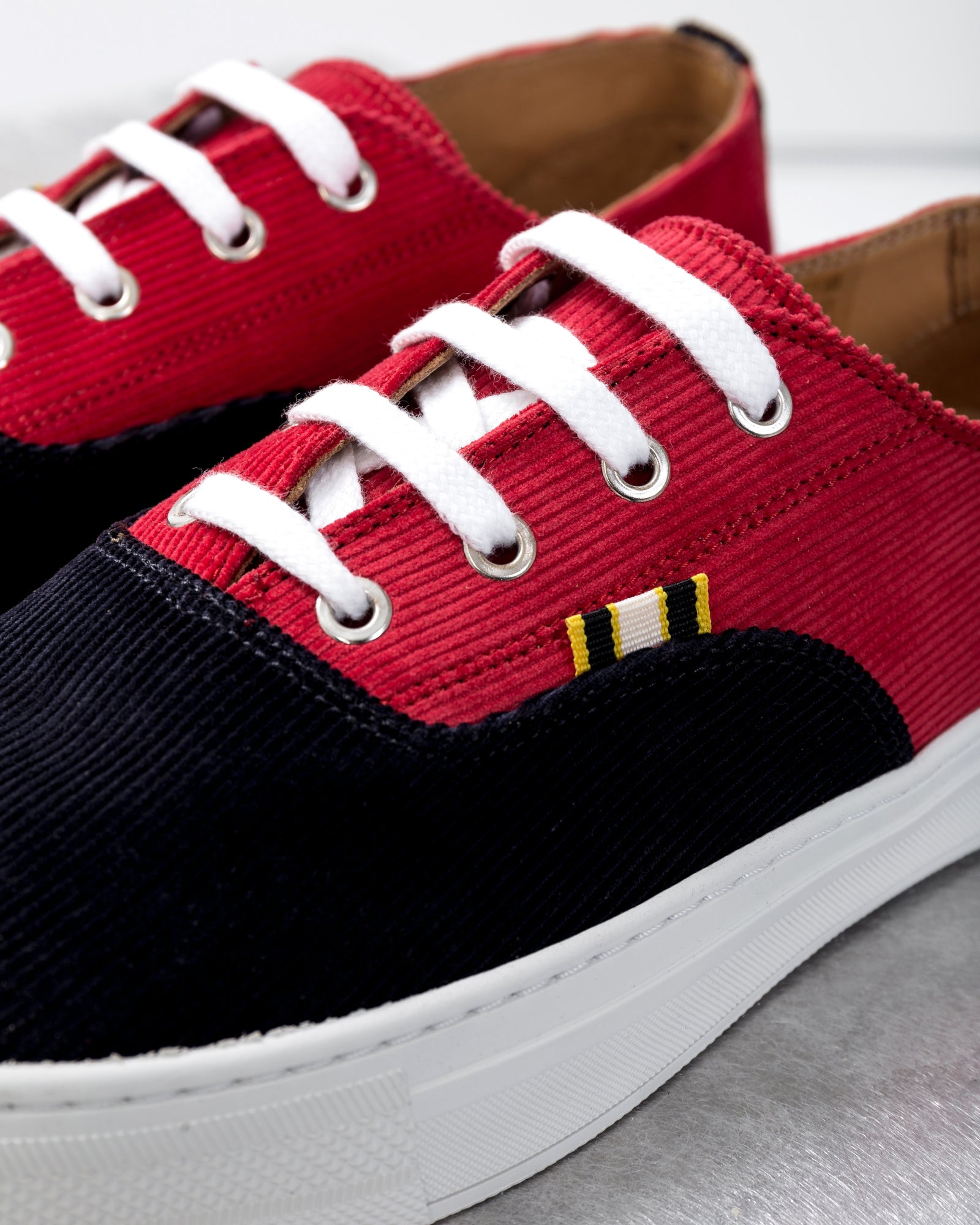 Read more Red & Navy APR-005 Sneakers 2TcOZN