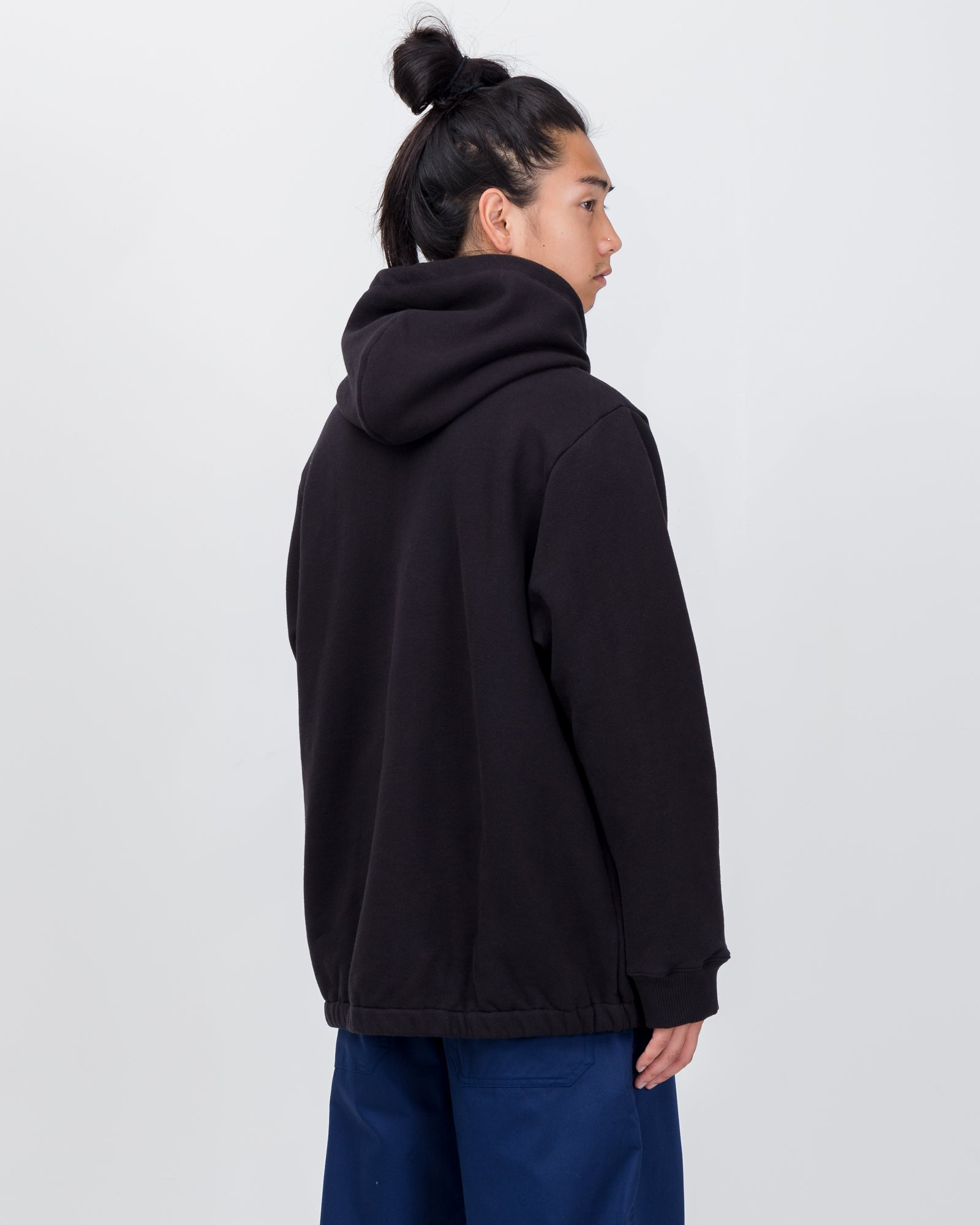Falsetto Pullover Hoodie in Black