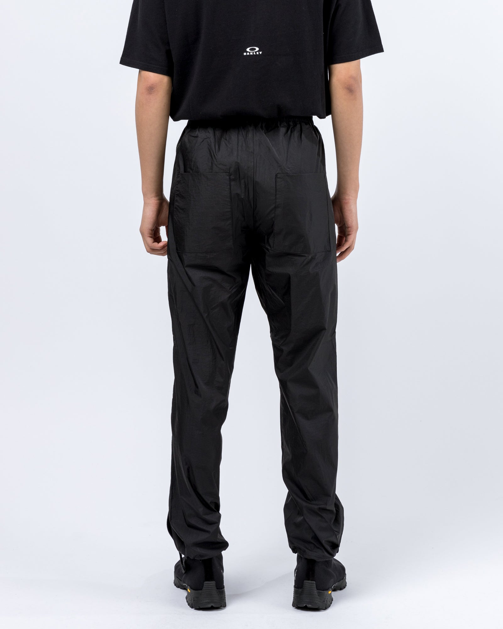 Jogging Pant in Black | Oakley by Samuel Ross