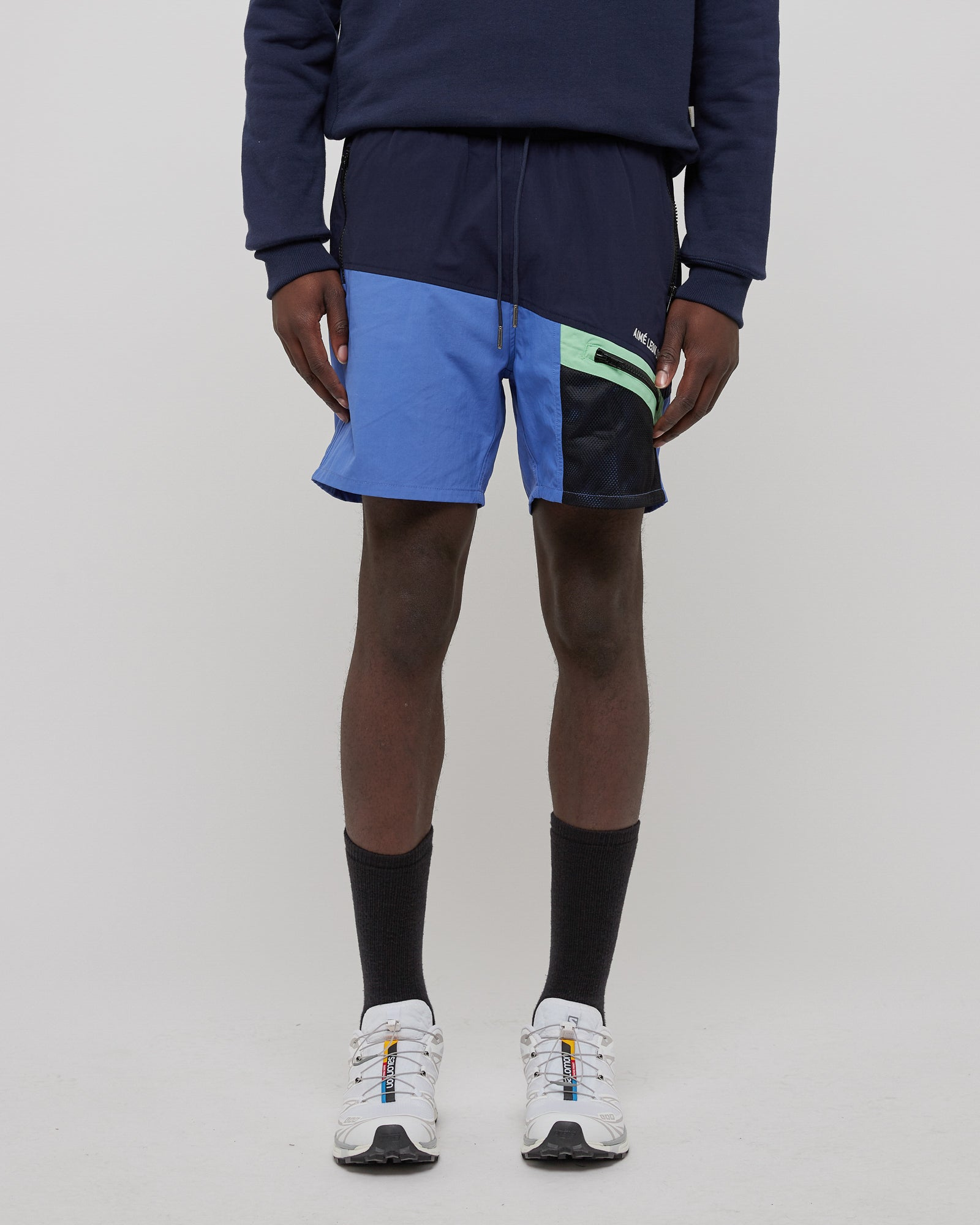 Mesh 3-Pocket Short in Amparo Blue