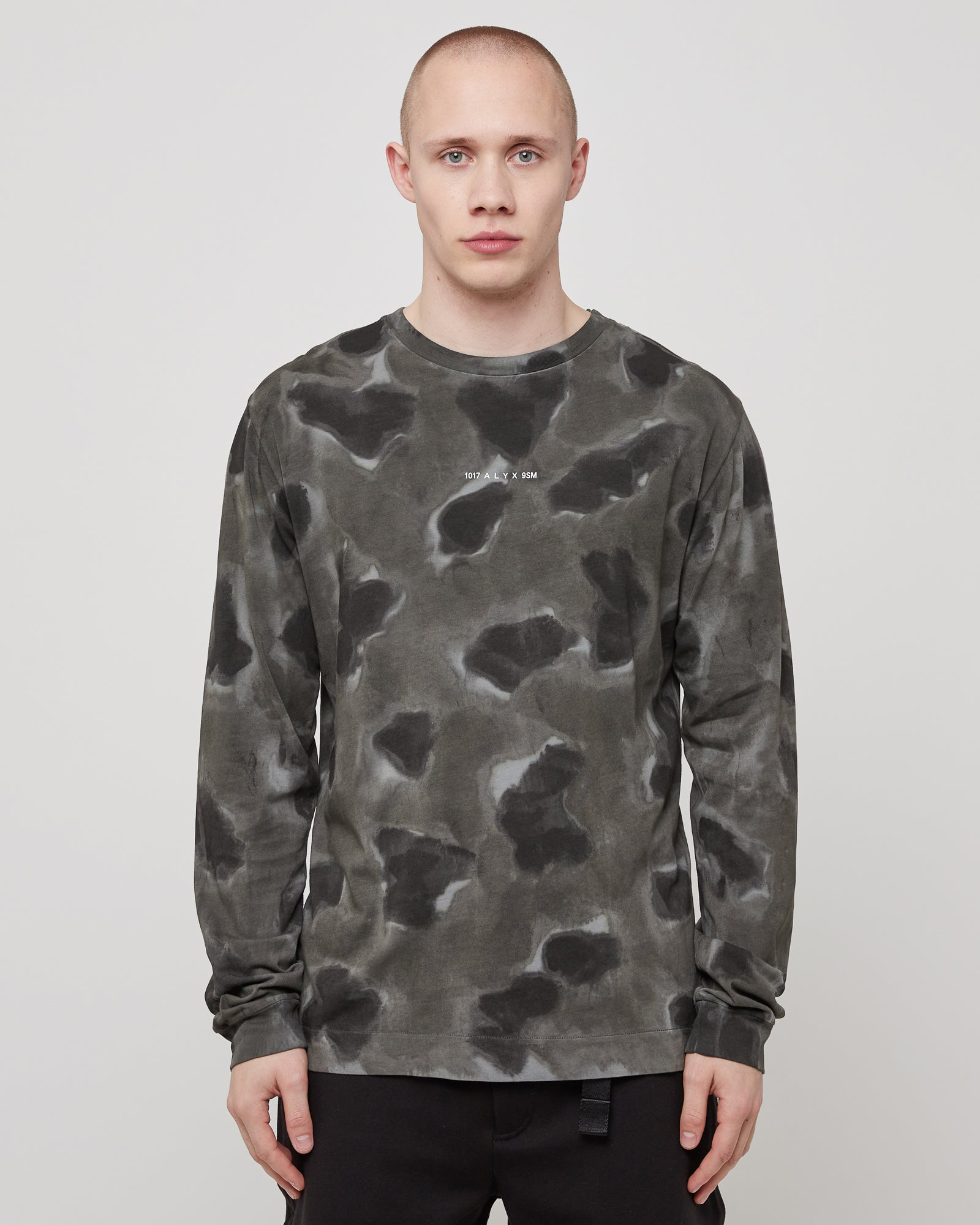 L/S A-Sphere T-Shirt in Black