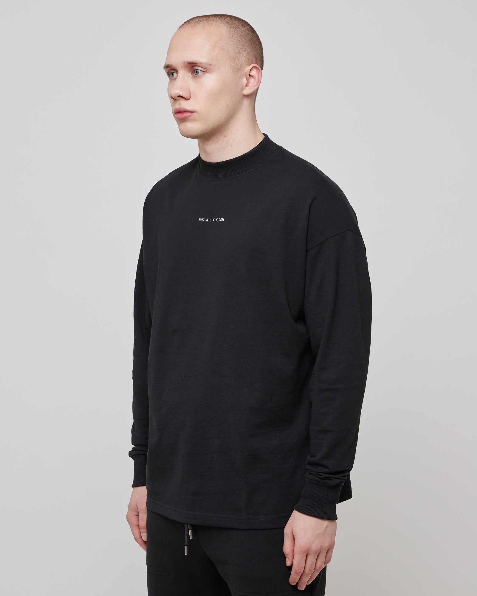 L/S T-Shirt in Black