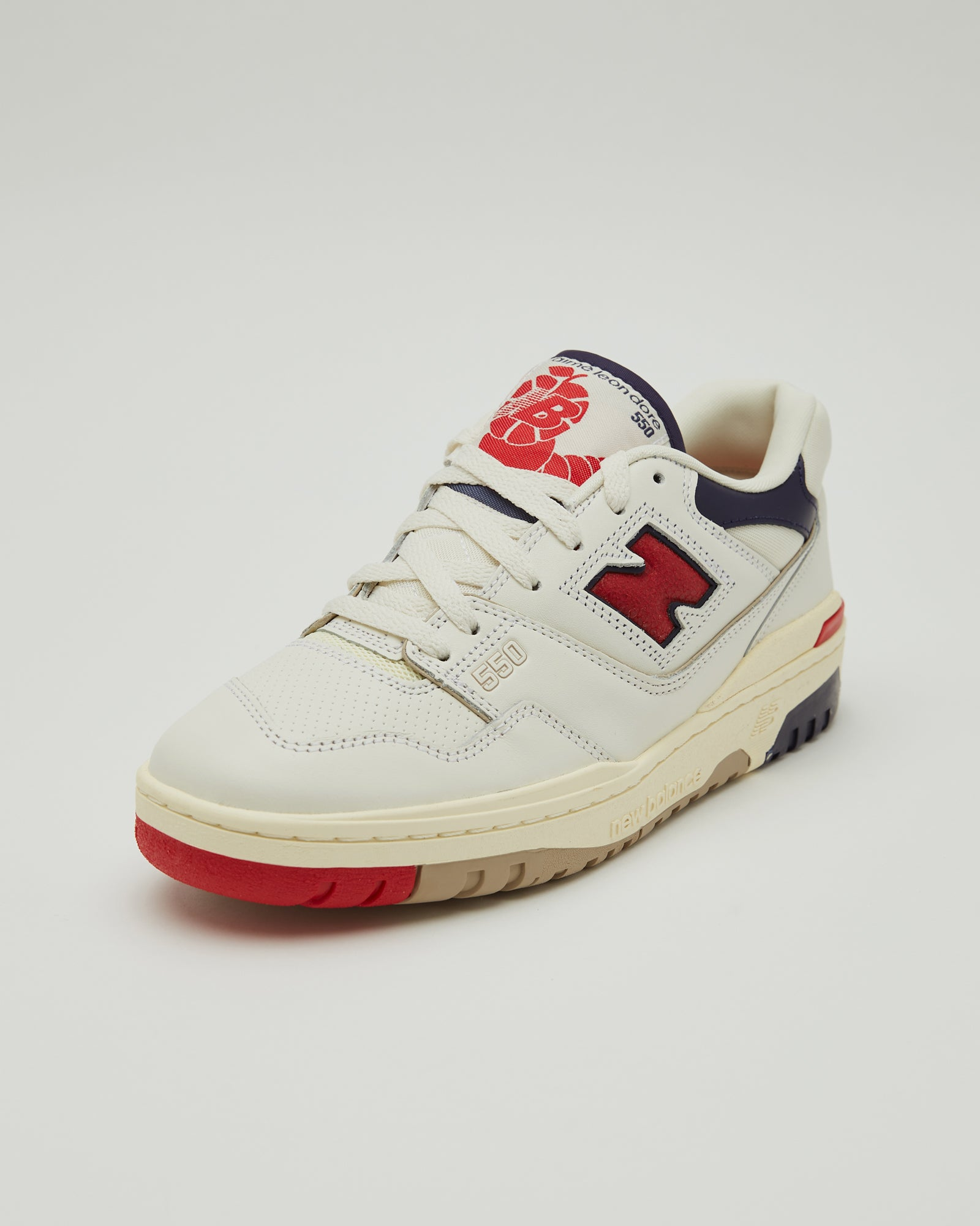 New Balance 550 Basketball Oxford in Red/Navy
