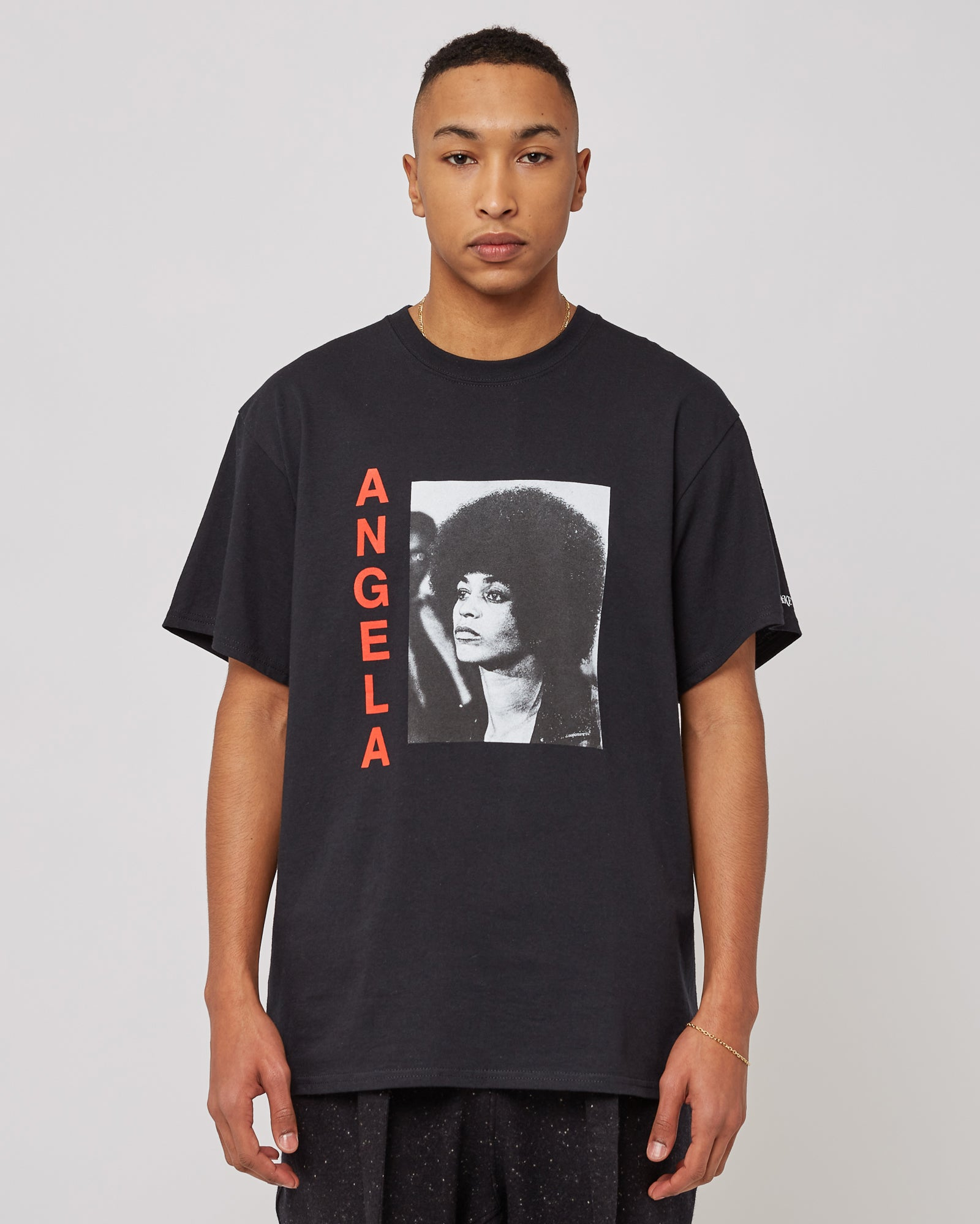 Angela Davis T-Shirt in Black